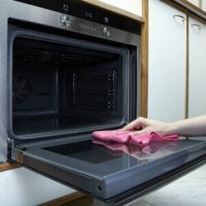 Oven with Self Cleaning