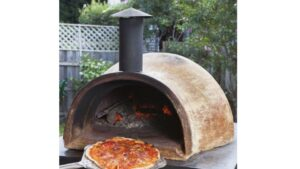 Why should you choose a wood fired oven to cook pizza